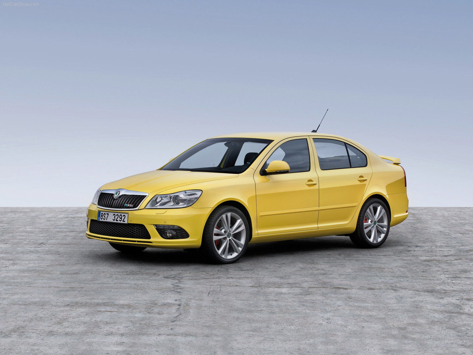 skoda octavia rs photos photo gallery page 4 carsbase