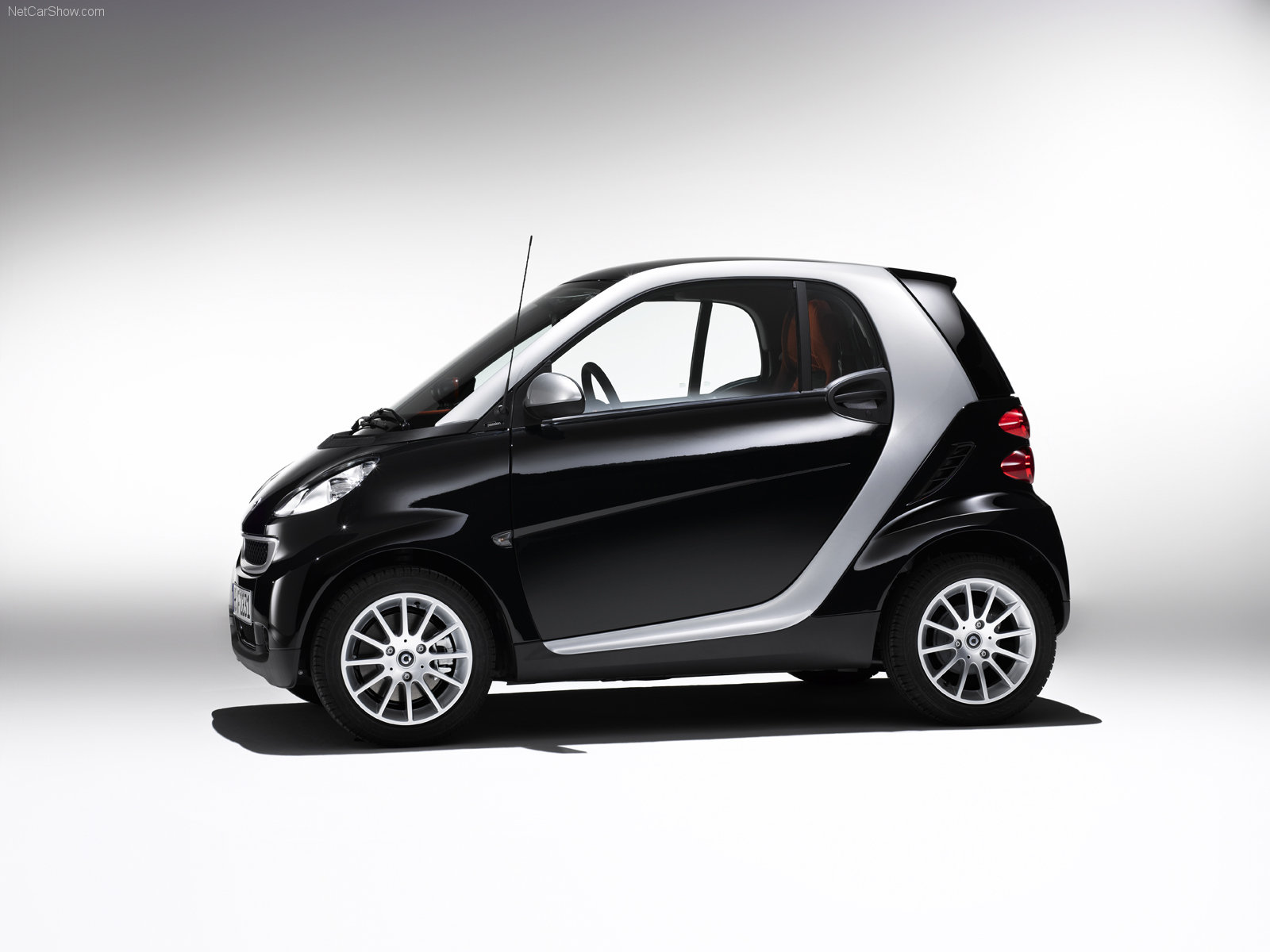 smart fortwo coupe picture 39821 smart photo gallery. Black Bedroom Furniture Sets. Home Design Ideas