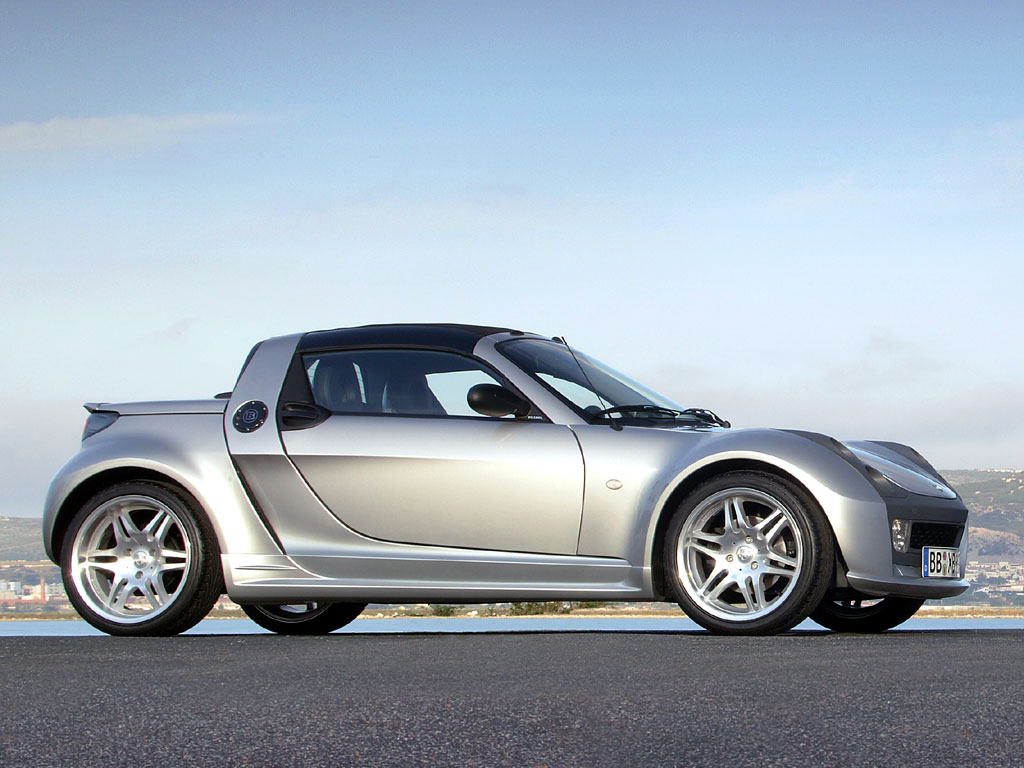 smart roadster brabus photos photogallery with 13 pics. Black Bedroom Furniture Sets. Home Design Ideas