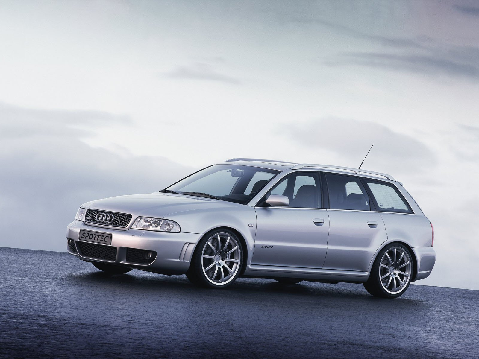 sportec audi rs4 avant rs460 photos photogallery with 3. Black Bedroom Furniture Sets. Home Design Ideas