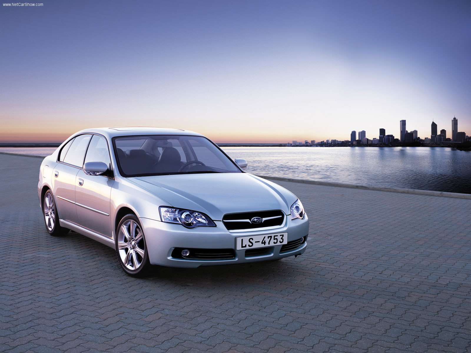 Subaru Legacy Picture 34238 Subaru Photo Gallery Carsbase Com