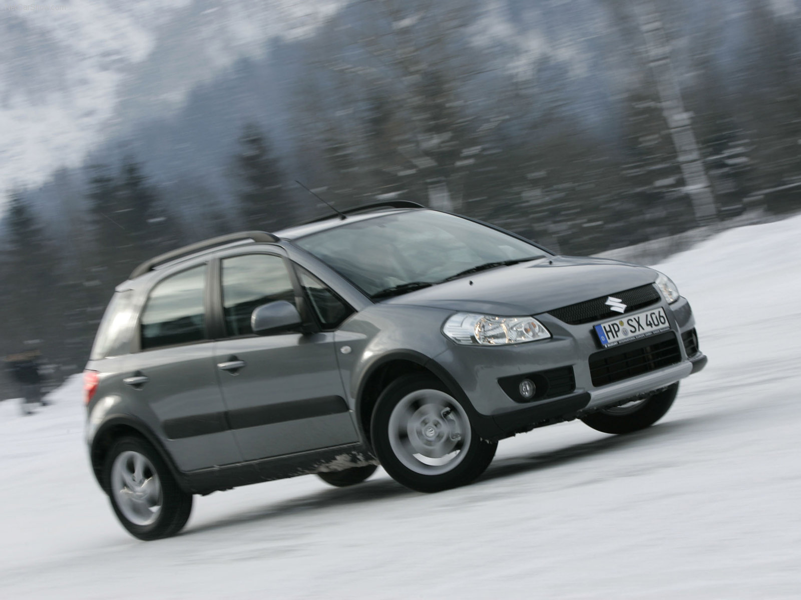 You can vote for this Suzuki SX4 photo