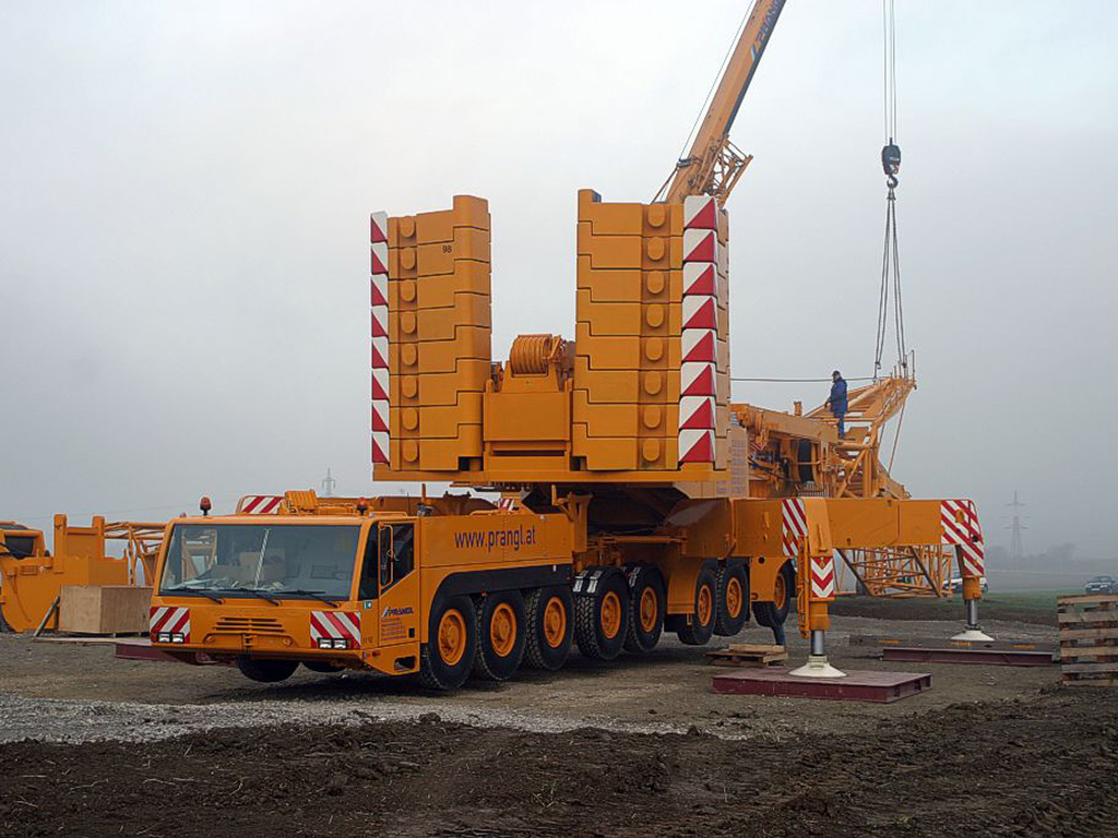 Rough Terrain Crane Wikipedia : Terex demag ac photos photogallery with pics