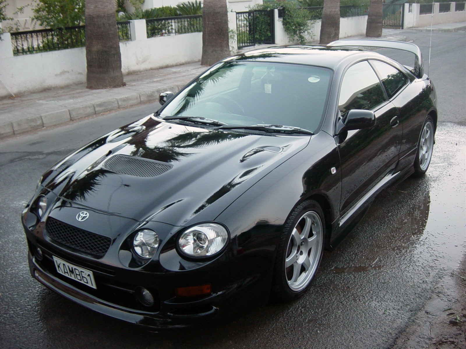 toyota celica gt four photos photogallery with 34 pics. Black Bedroom Furniture Sets. Home Design Ideas