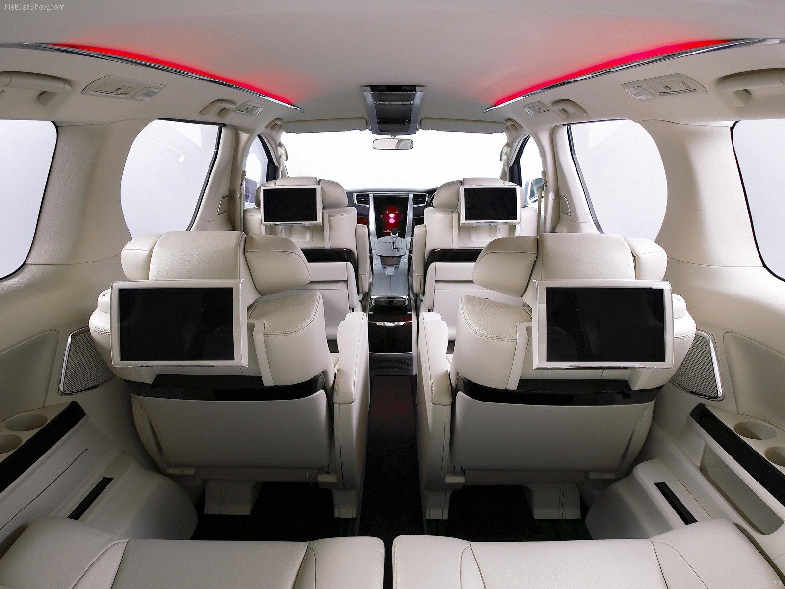 Отзывы владельцев Toyota Alphard (Тойота Альфард) с ФОТО