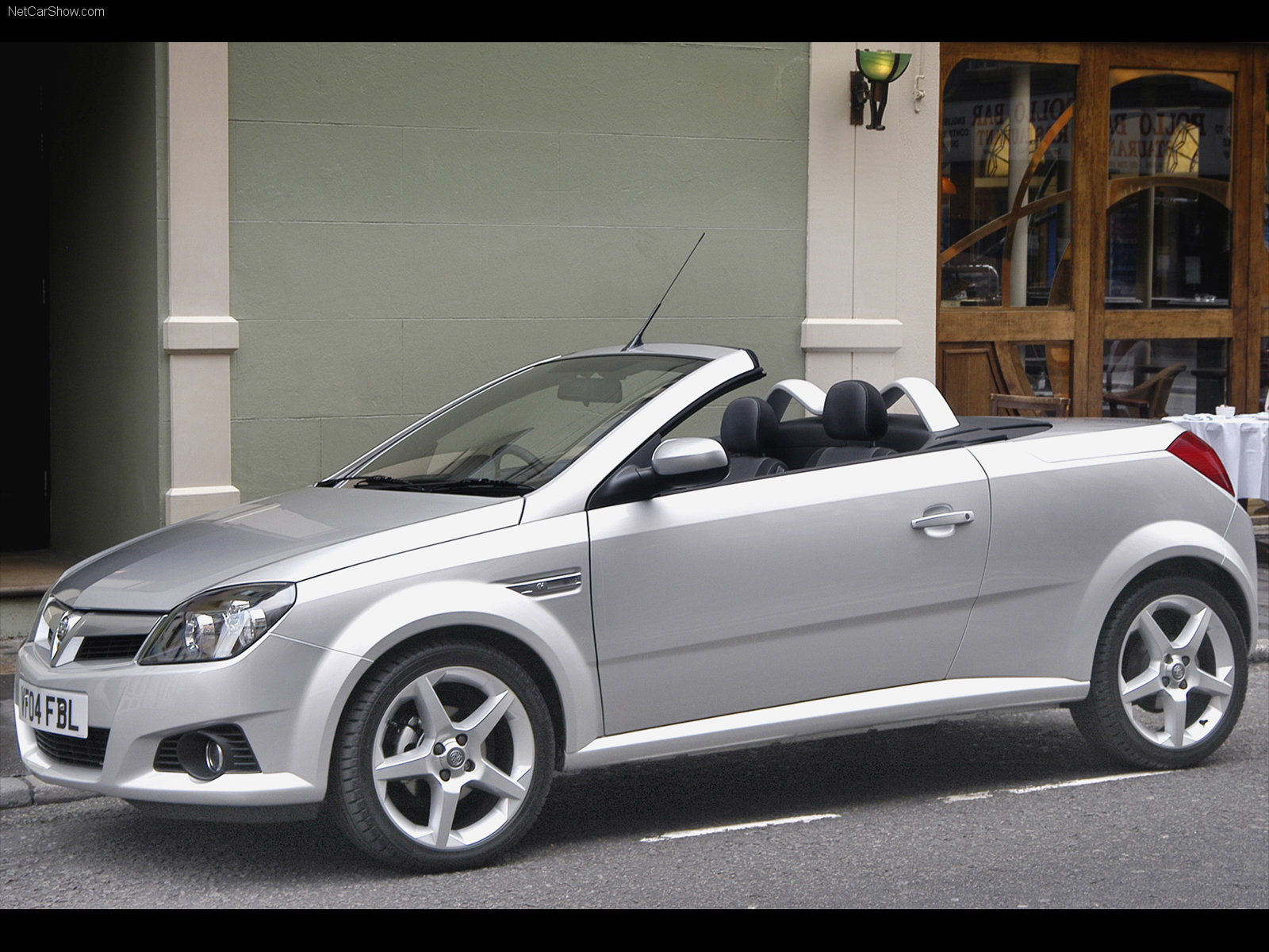 vauxhall tigra photos photogallery with 11 pics. Black Bedroom Furniture Sets. Home Design Ideas