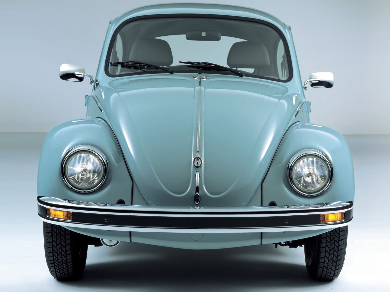 Volkswagen Beetle pict...