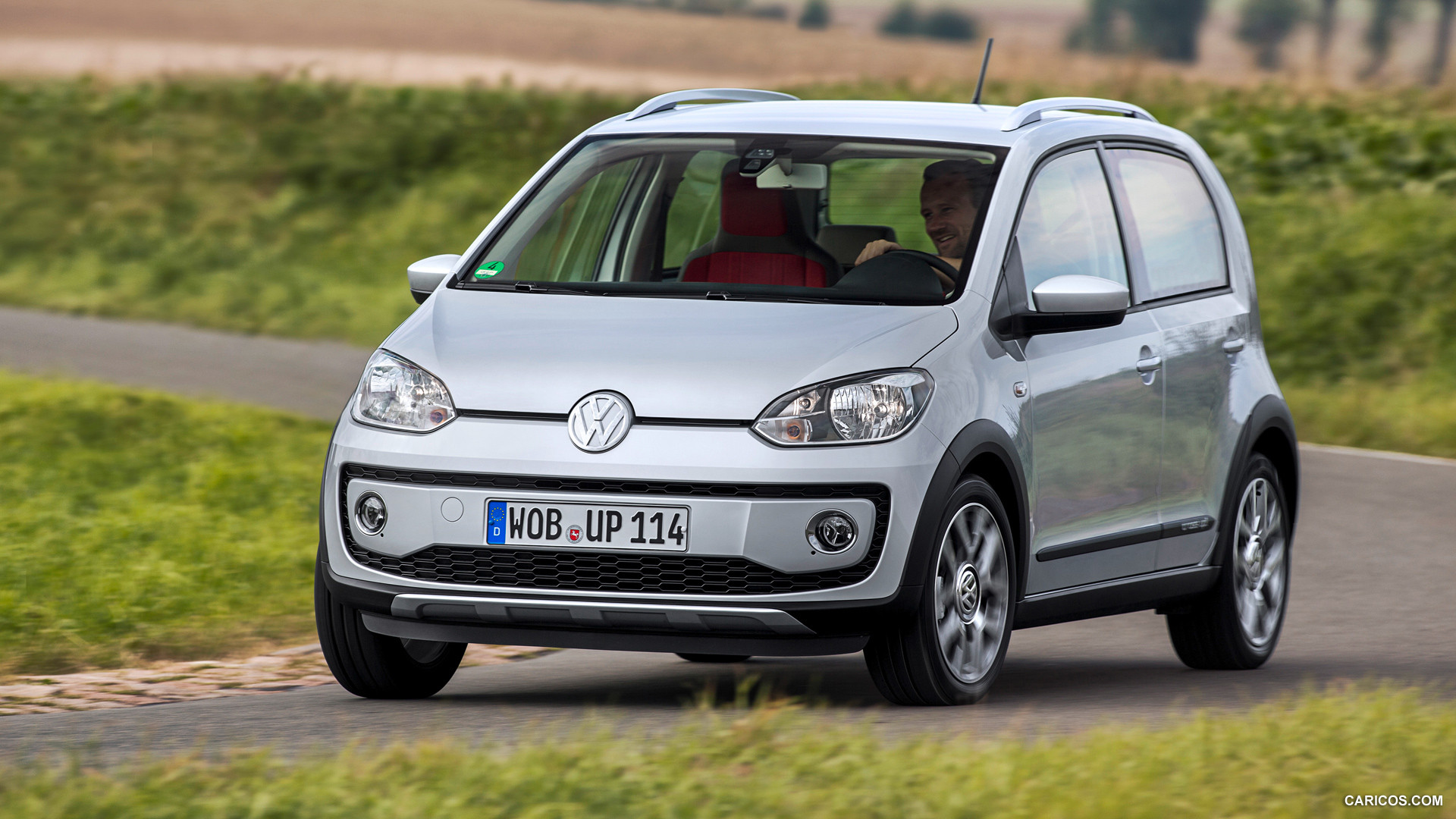 volkswagen cross up photos photo gallery page 2. Black Bedroom Furniture Sets. Home Design Ideas