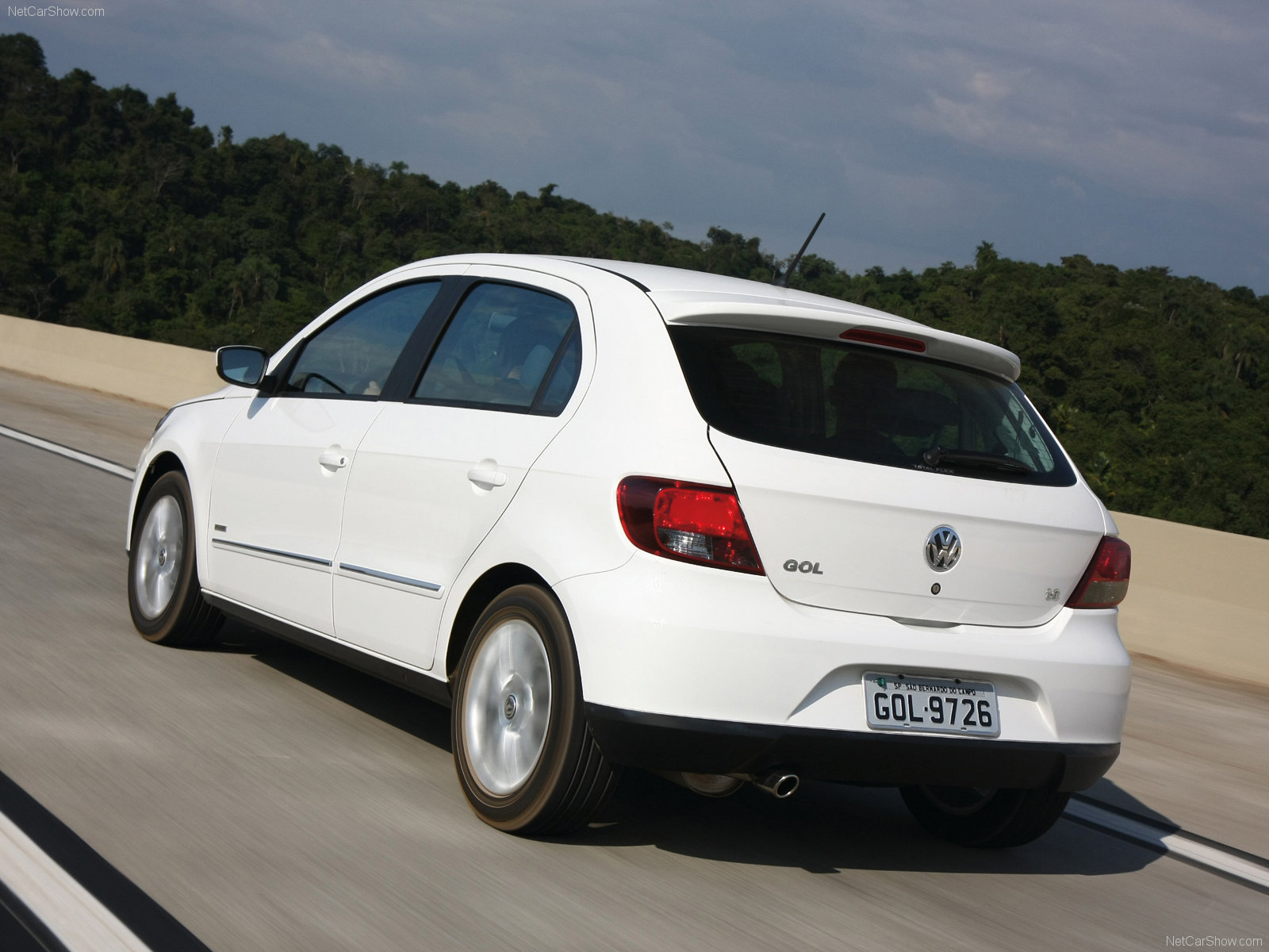 Volkswagen Gol Photos Photogallery With 5 Pics Carsbase Com