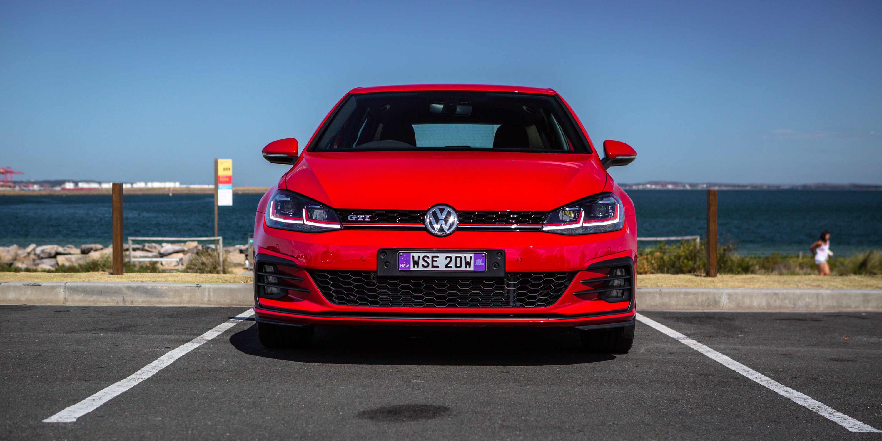 Volkswagen Golf GTI photo 183015