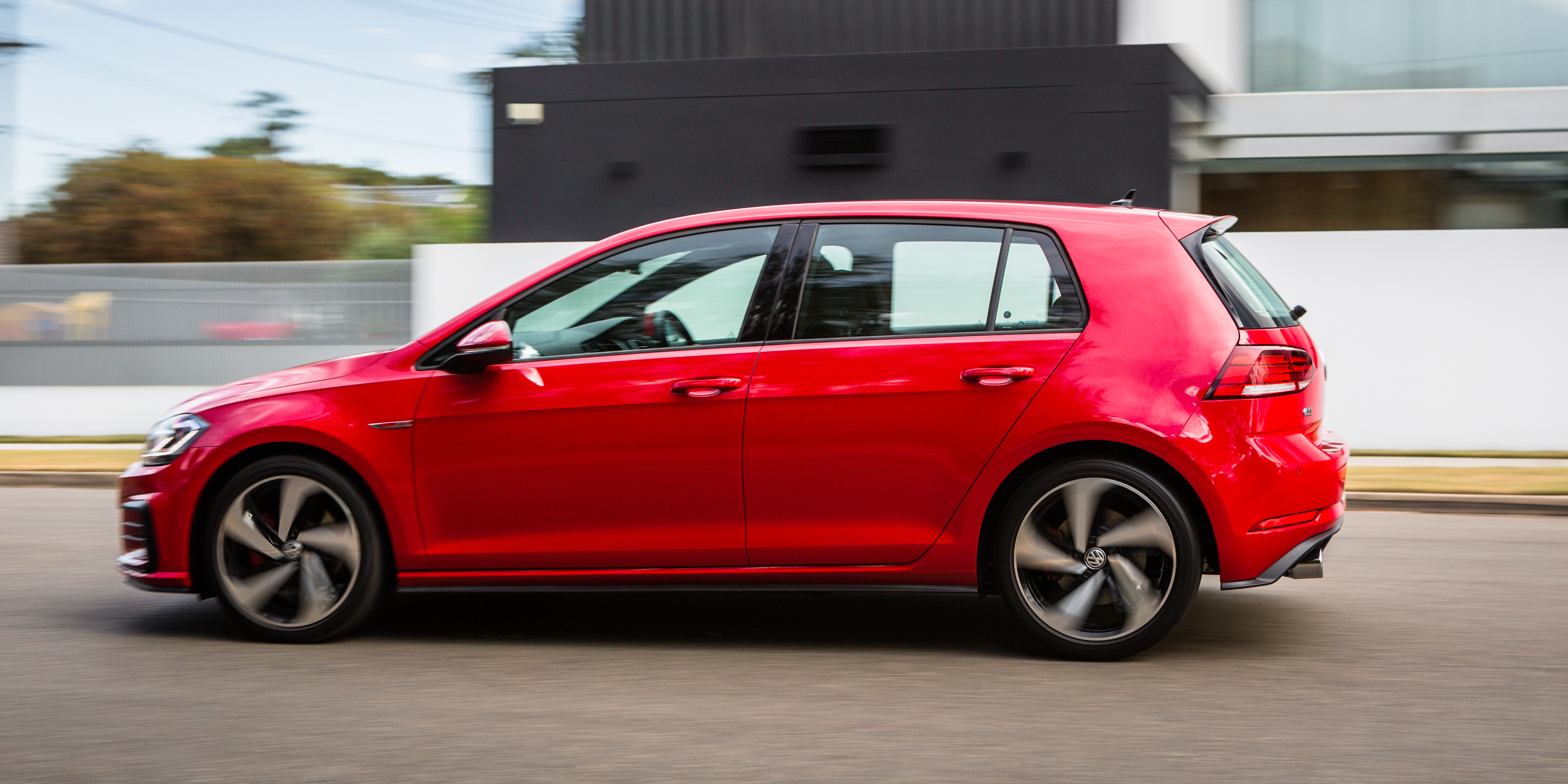 Volkswagen Golf GTI photo 183044