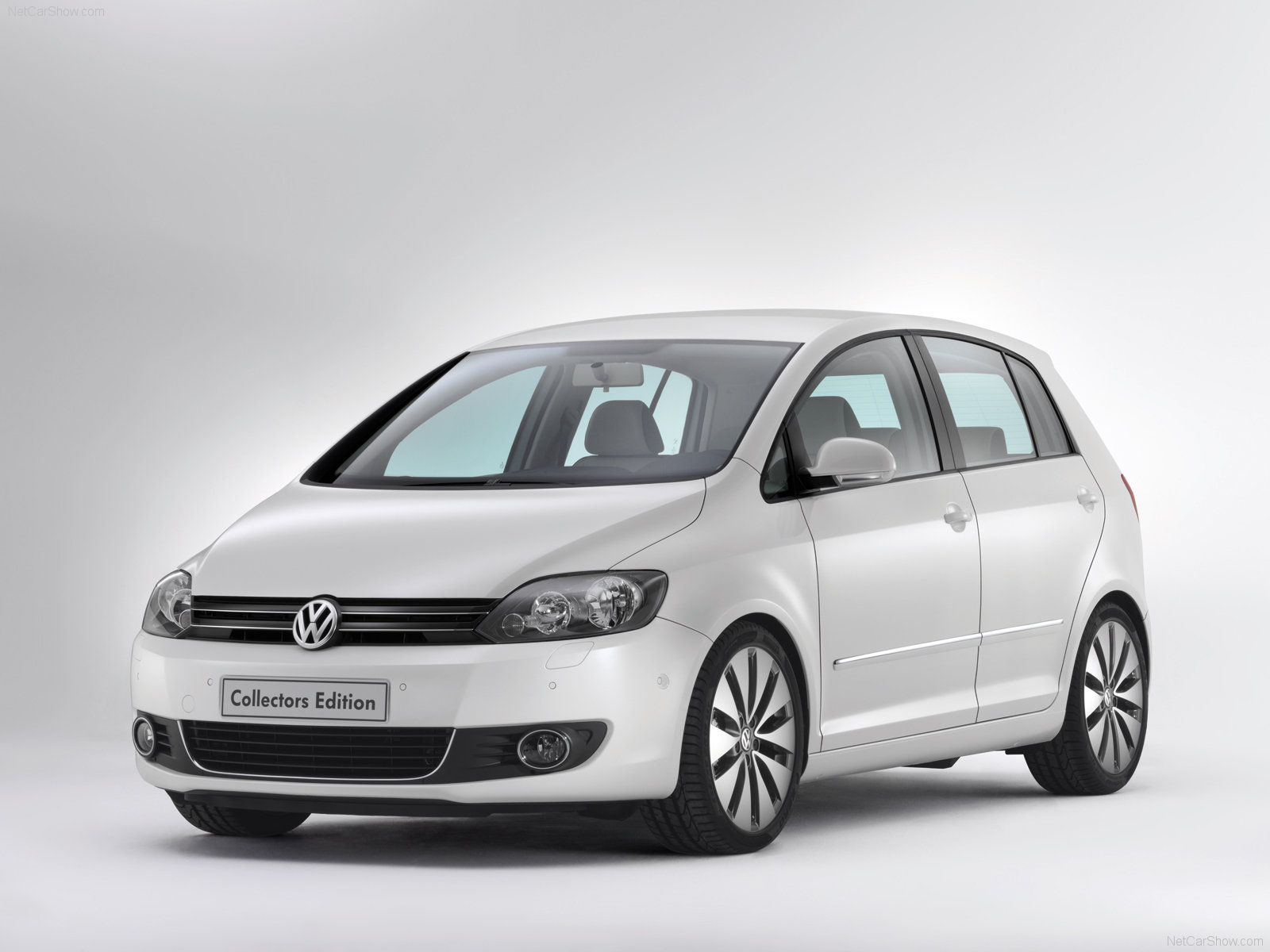 volkswagen golf plus photos photogallery with 77 pics. Black Bedroom Furniture Sets. Home Design Ideas
