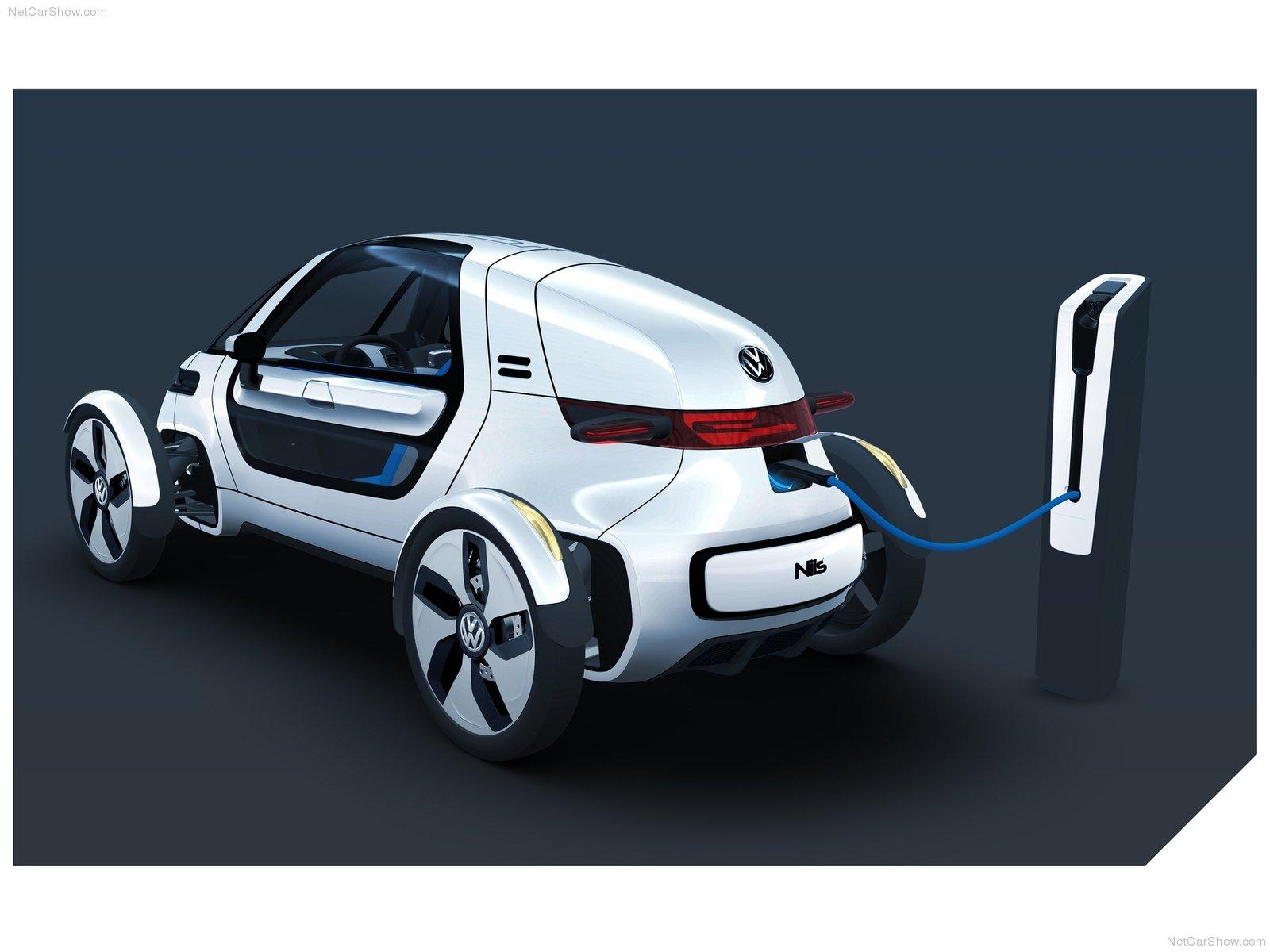 Цена на электромобиль e-Golf 2015