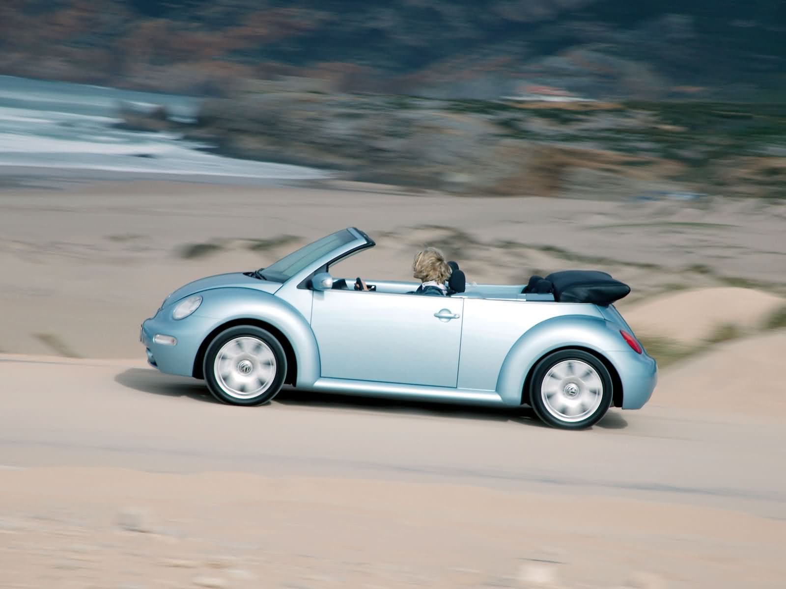 volkswagen new beetle cabriolet photos photo gallery page 4. Black Bedroom Furniture Sets. Home Design Ideas