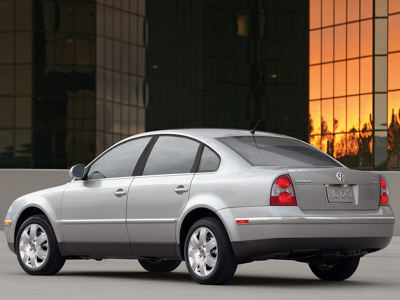 All Types passat 2000 : Volkswagen Passat photos - Photo Gallery Page #22| CarsBase.com