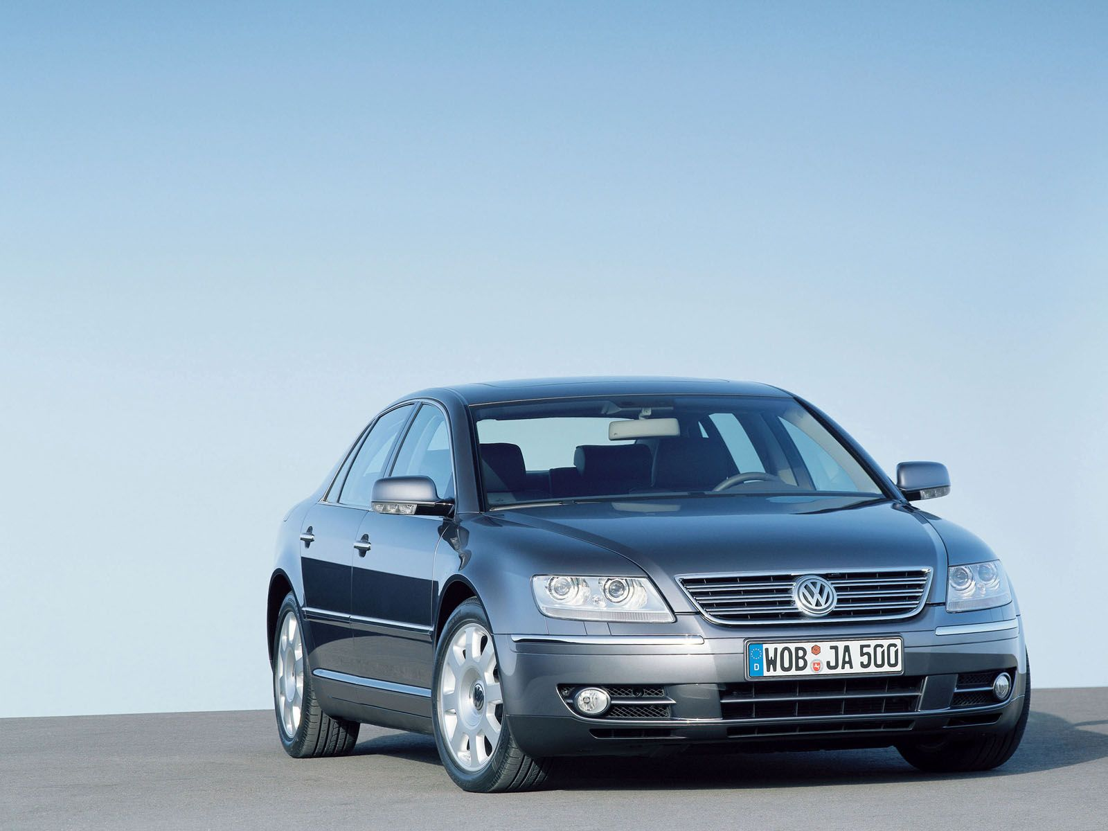Volkswagen Phaeton photo #9663