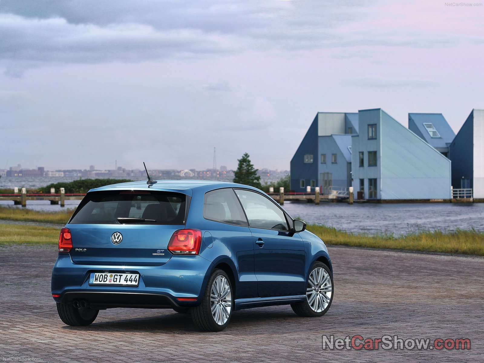 volkswagen polo blue gt picture 93269 volkswagen photo gallery. Black Bedroom Furniture Sets. Home Design Ideas