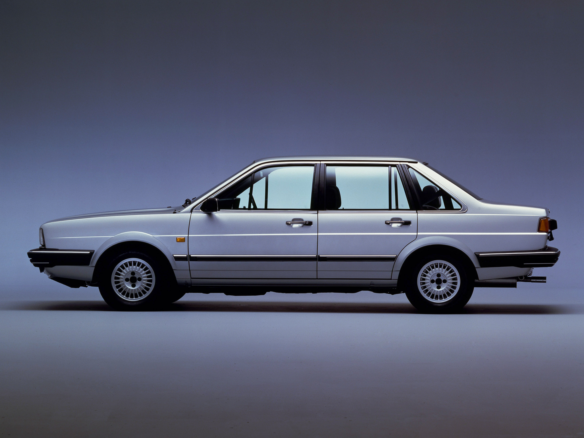 Volkswagen Santana Photos Photogallery With 5 Pics