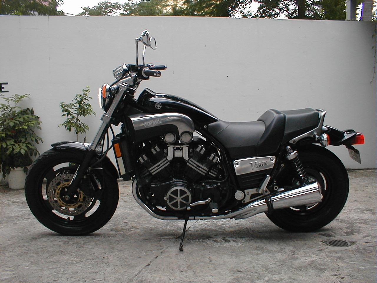 yamaha v max photos photogallery with 18 pics. Black Bedroom Furniture Sets. Home Design Ideas