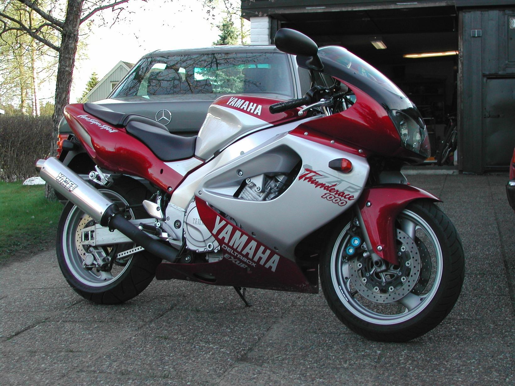 Yamaha Yzf1000r Thunderace Photos Photogallery With 6
