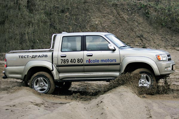 Admiral 4x4 Pick-Up photo 16500