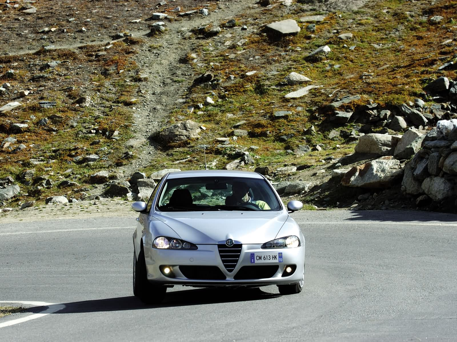Alfa Romeo 147 3-door photo 15779