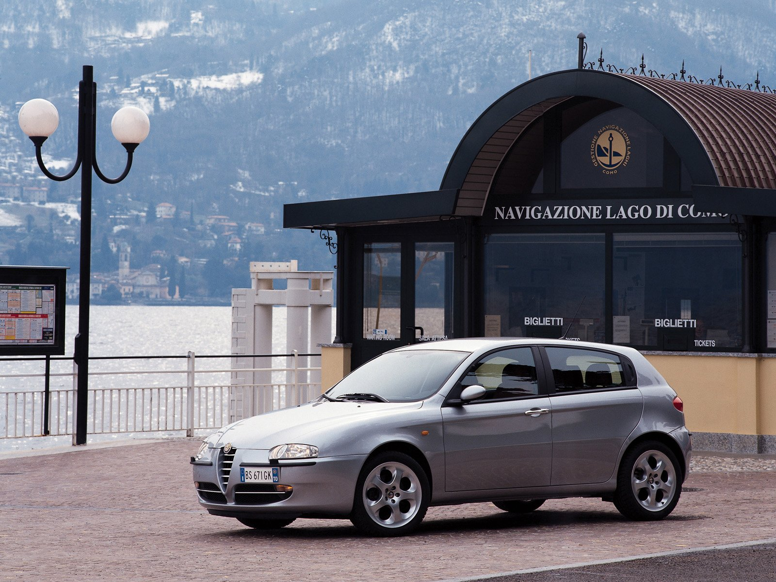 Alfa Romeo 147 photo 9071