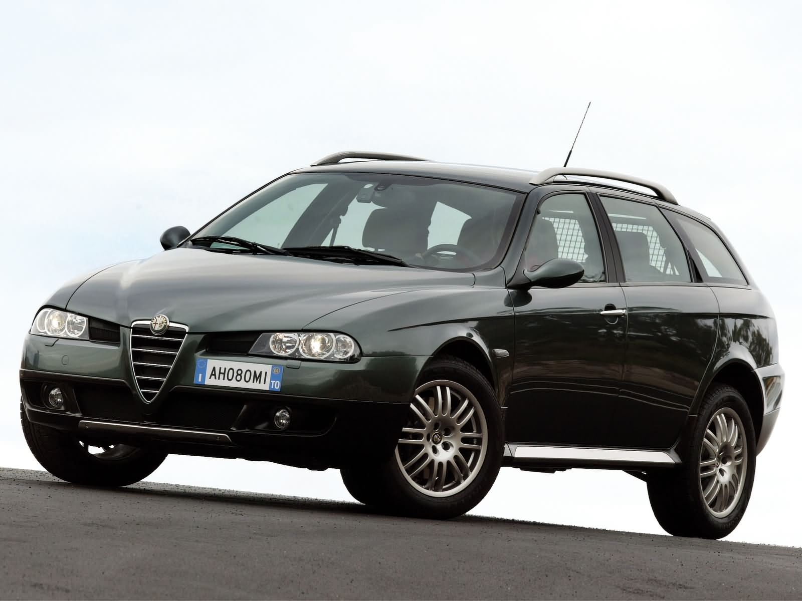 Alfa Romeo 156 Crosswagon photo 10437