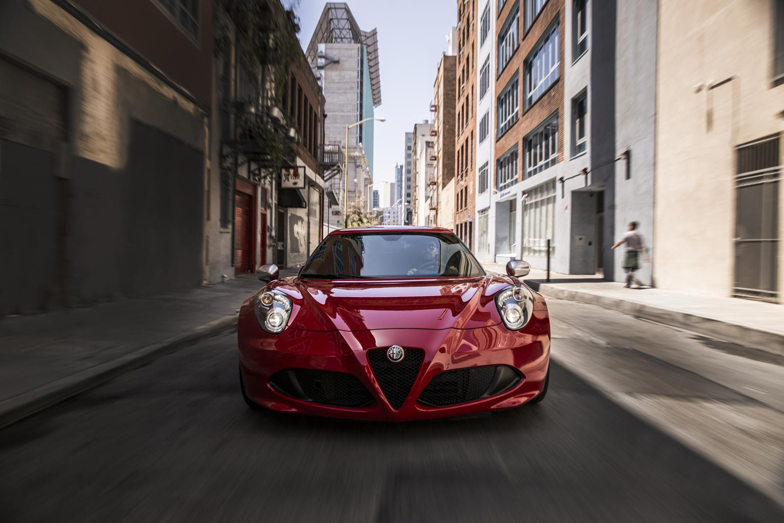 Alfa Romeo 4C photo 123177