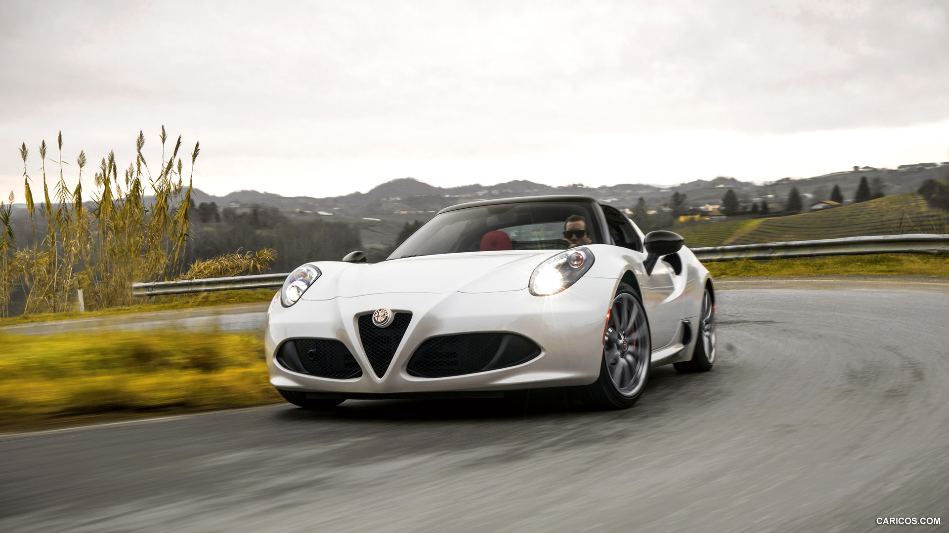Alfa Romeo 4C Spider photo 135782