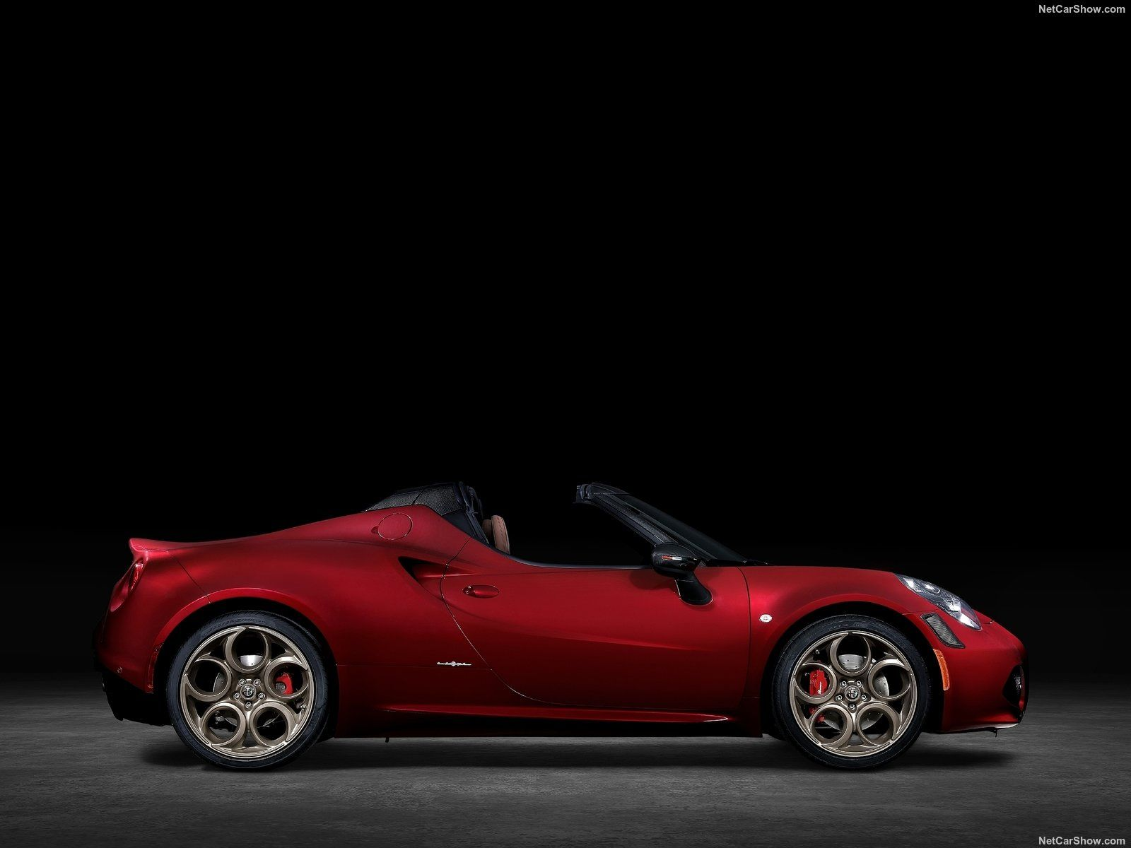 Alfa Romeo 4C Spider photo 198642
