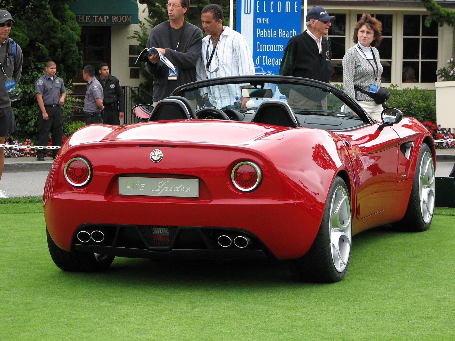 Alfa Romeo 8C Spider photo 46686