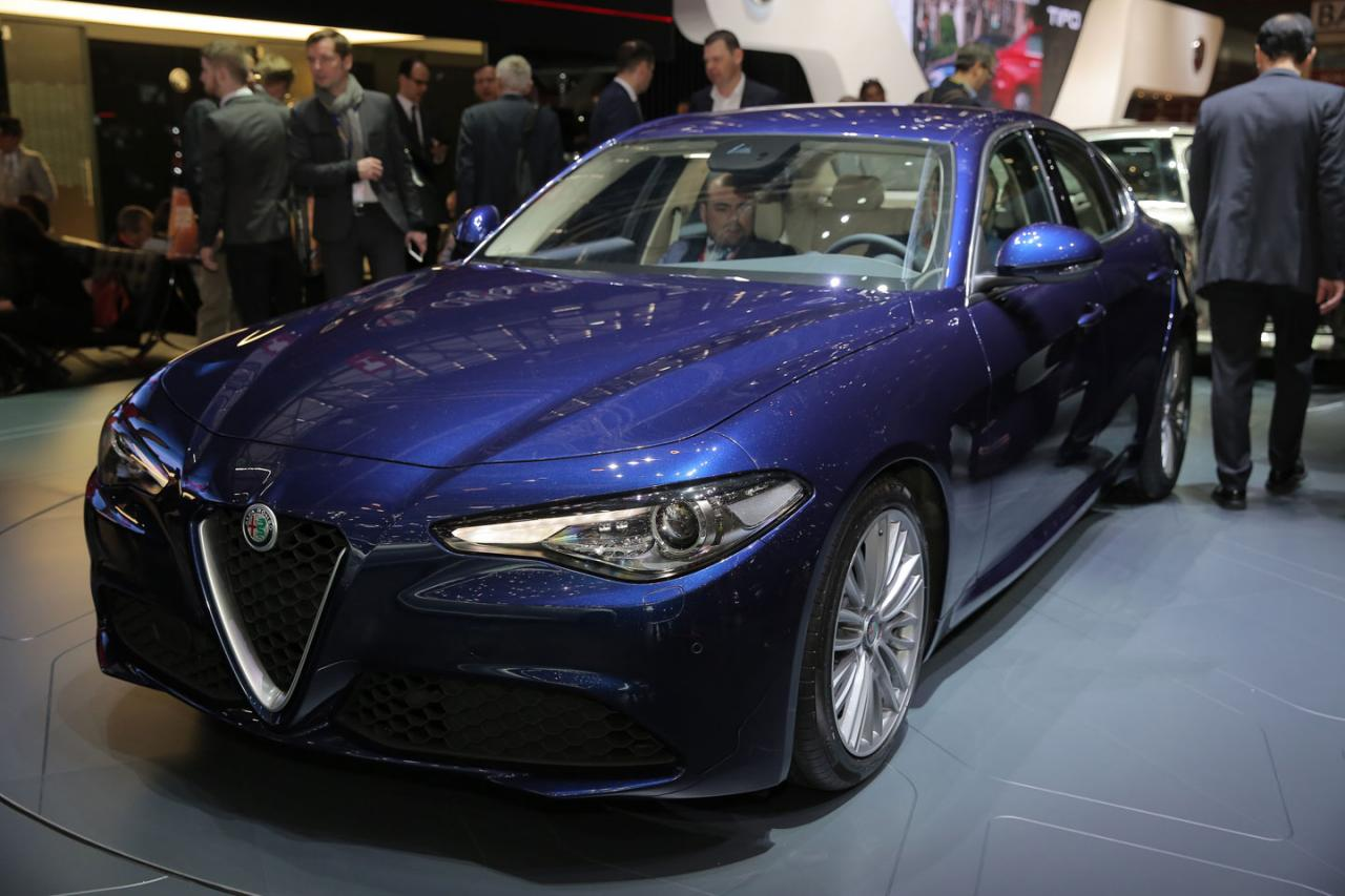 Alfa Romeo Giulia photo 162000