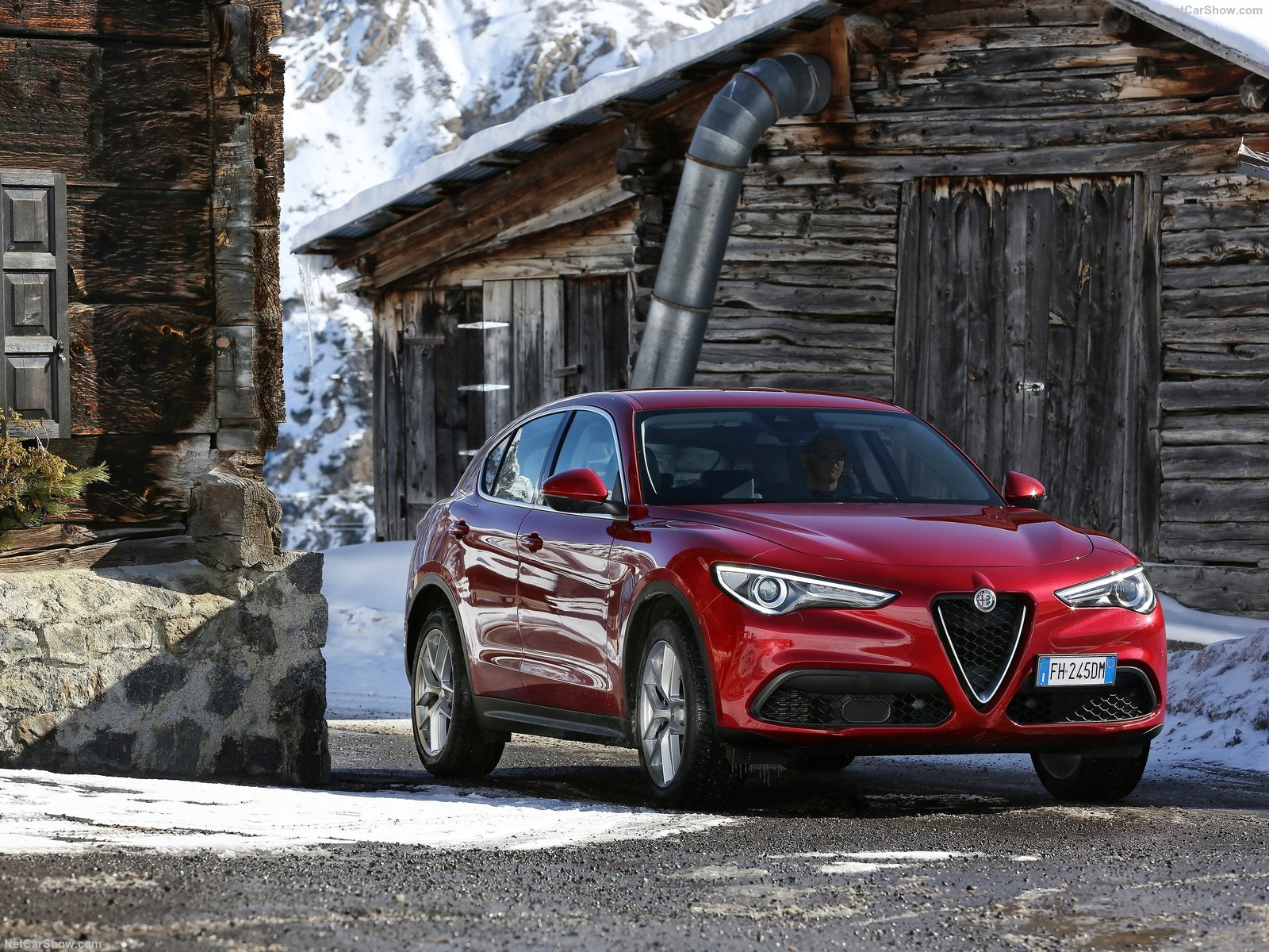 Alfa Romeo Stelvio photo 174705