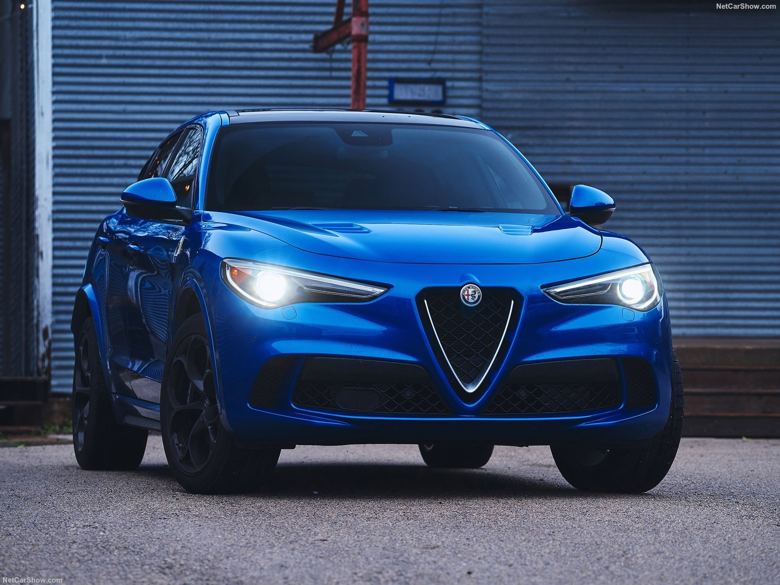 Alfa Romeo Stelvio photo 188091