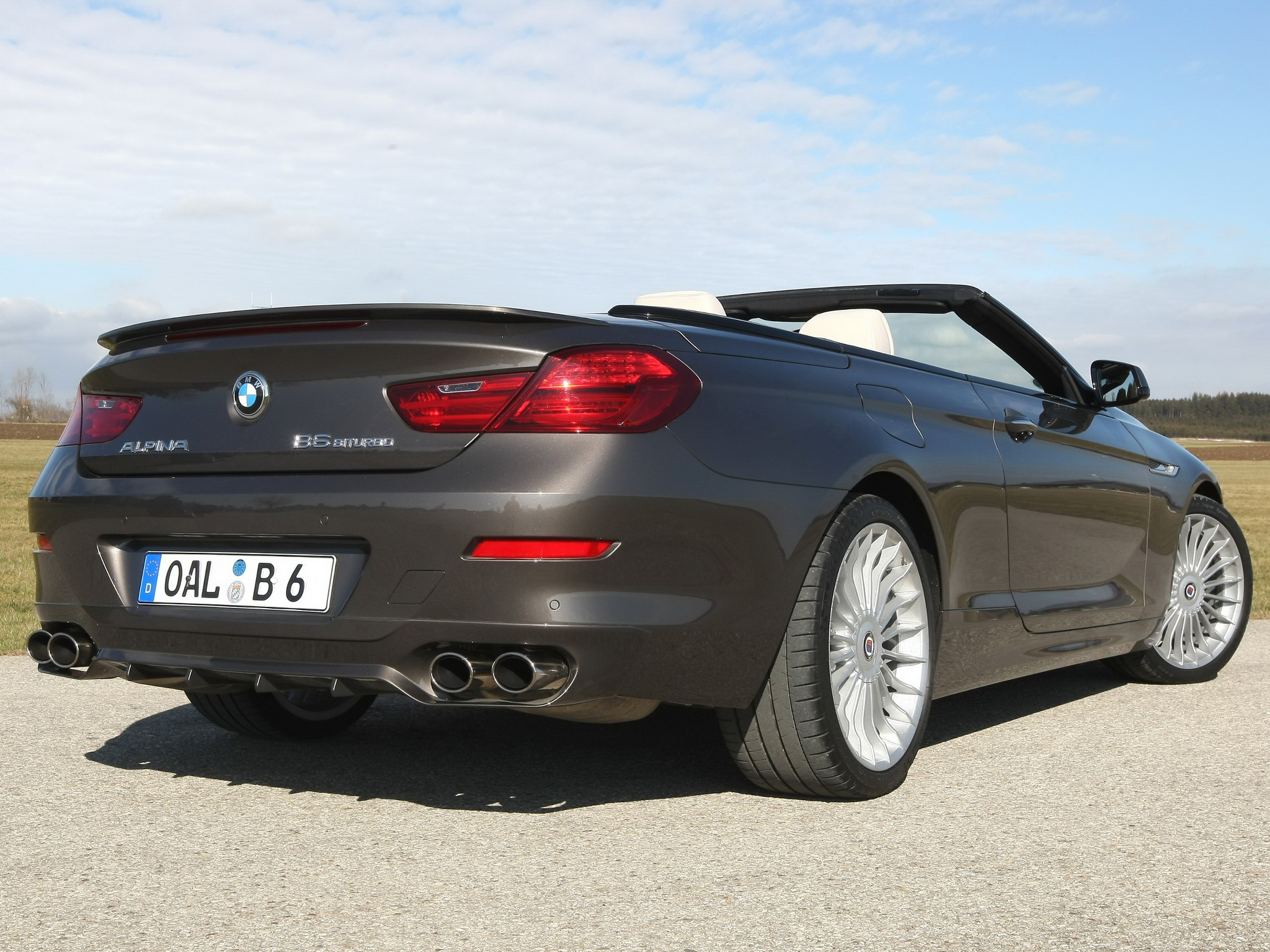 Alpina B6 Bi-Turbo Convertible photo 97321