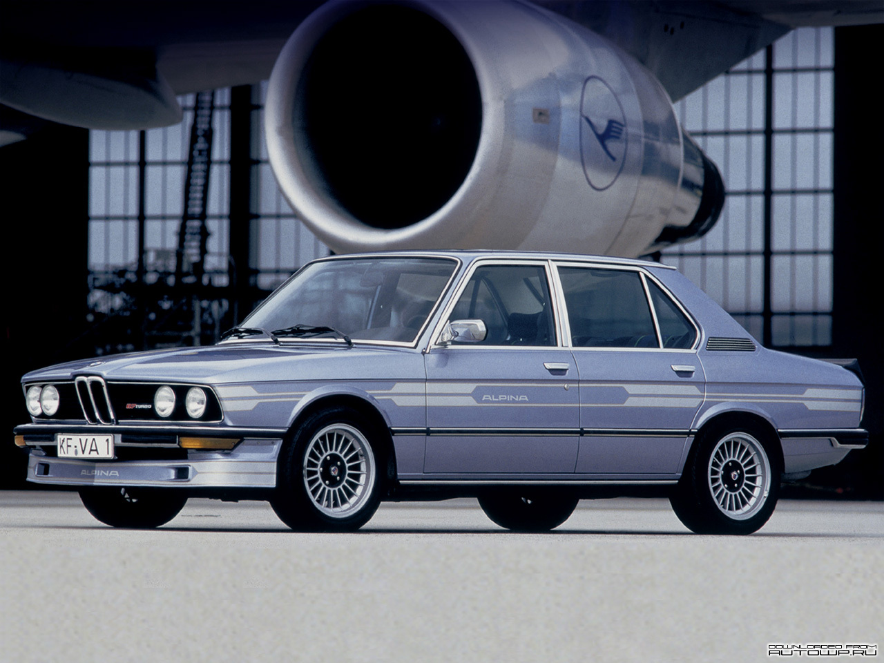 Alpina B7 Turbo (E12) photo 59360