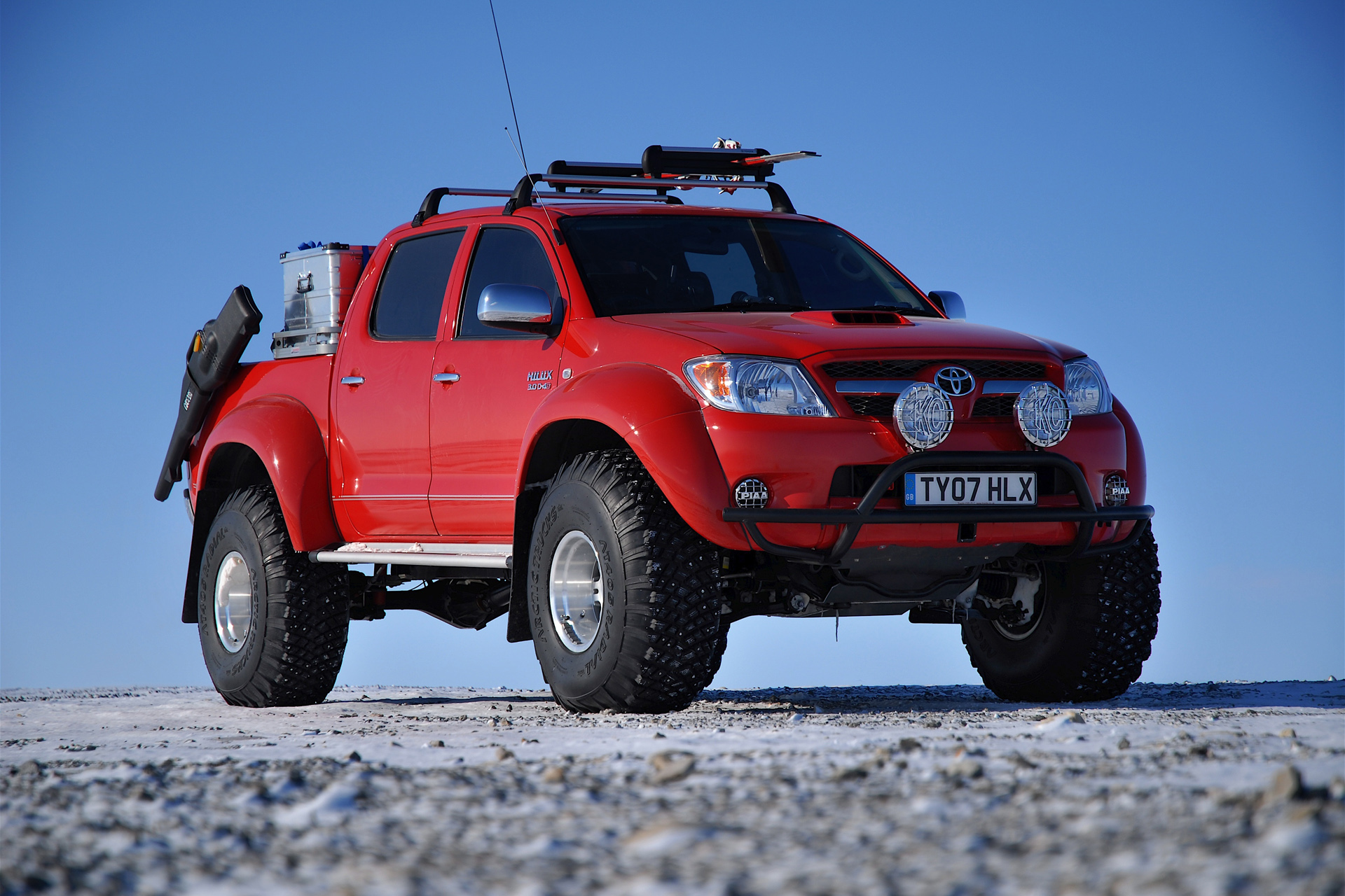 Arctic Trucks Toyota Hilux photo 71438