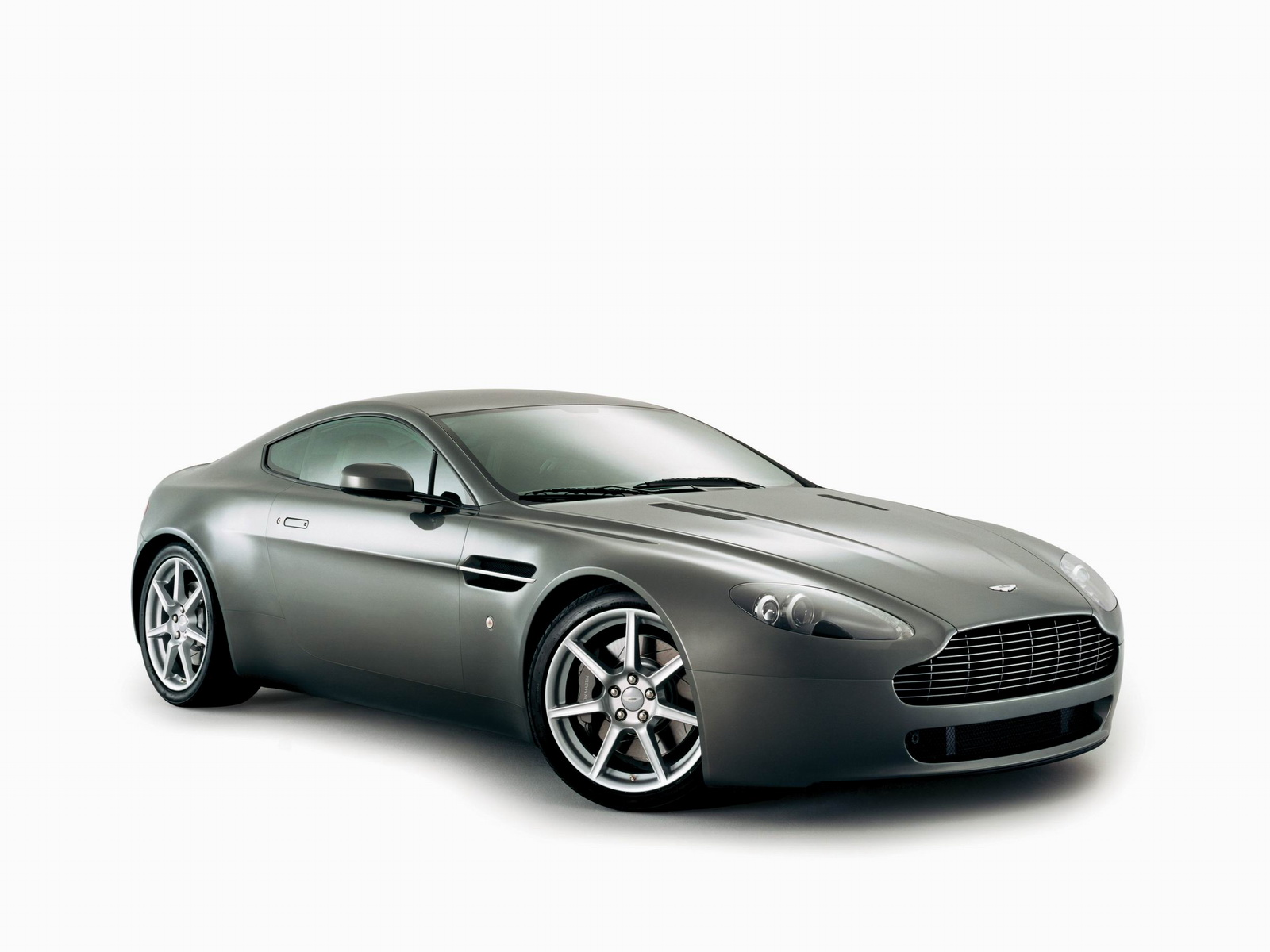 Aston Martin AMV8 Vantage photo 21733