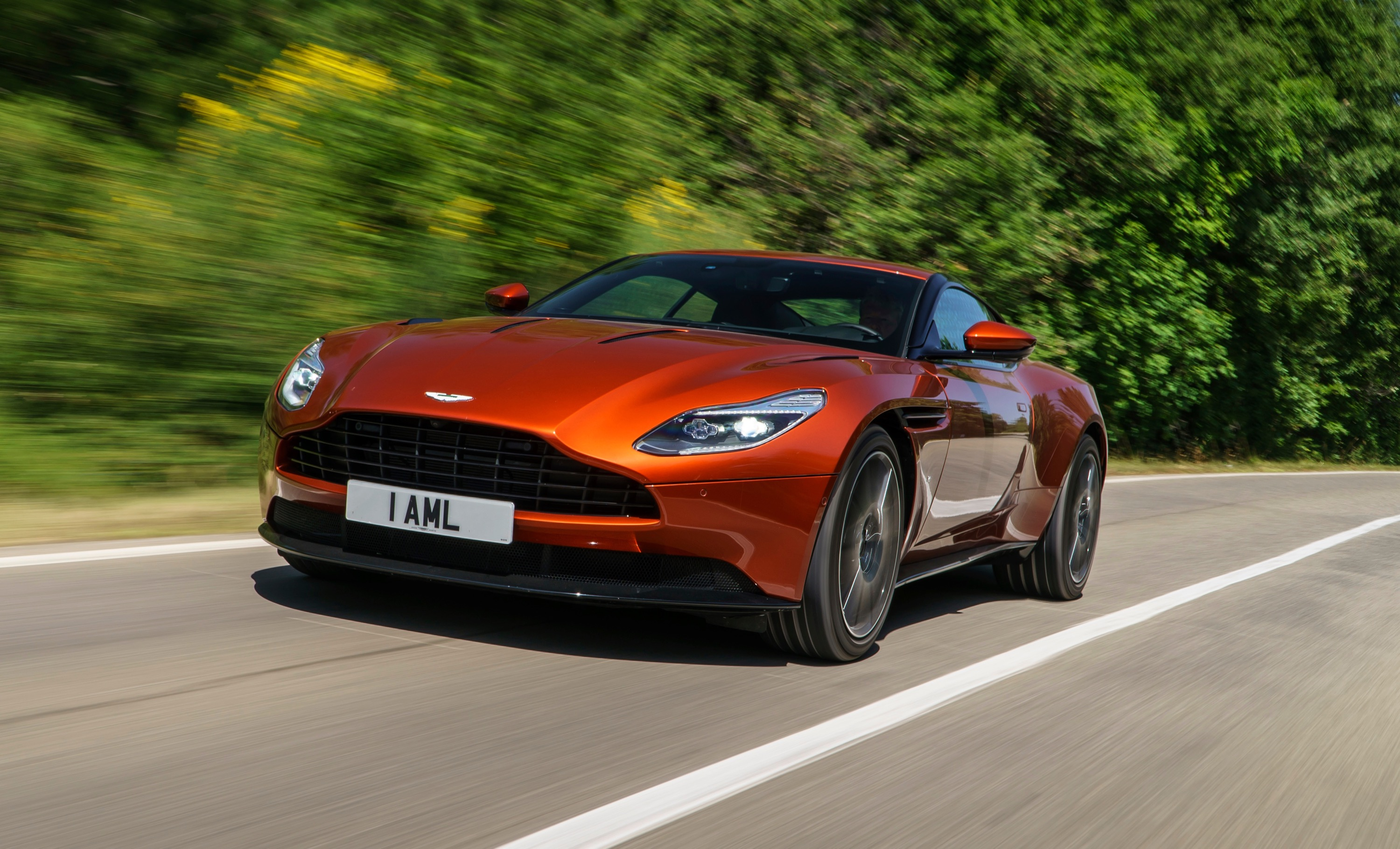Aston Martin DB11 photo 167237