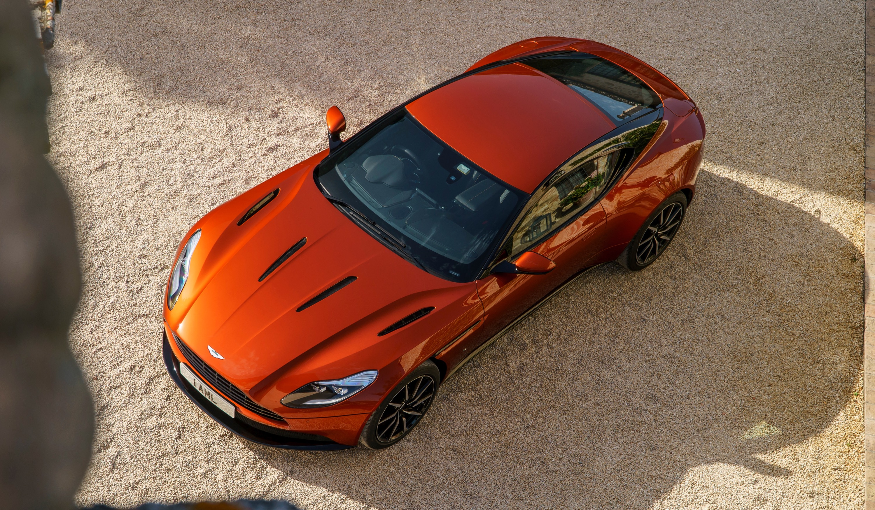 Aston Martin DB11 photo 167266