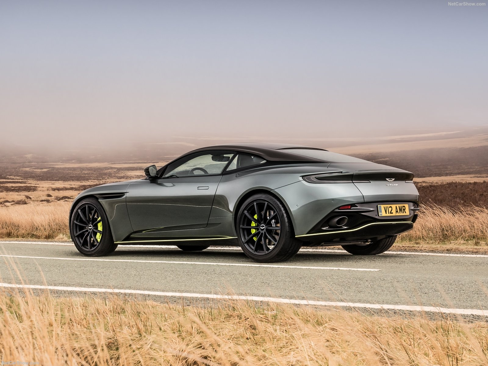 Aston Martin DB11 photo 188214