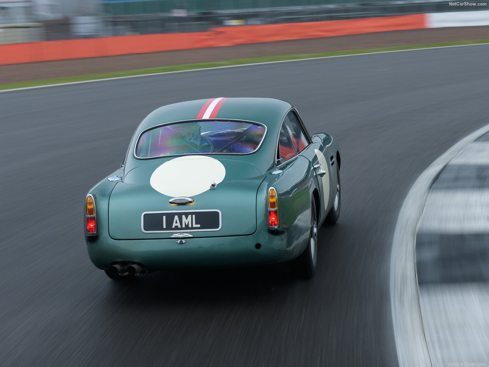 Aston Martin DB4 GT photo 190105
