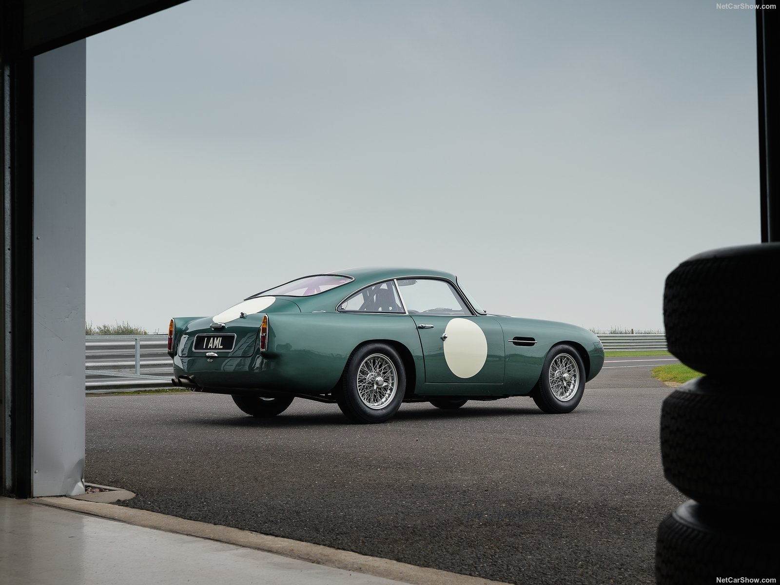 Aston Martin DB4 GT photo 190126