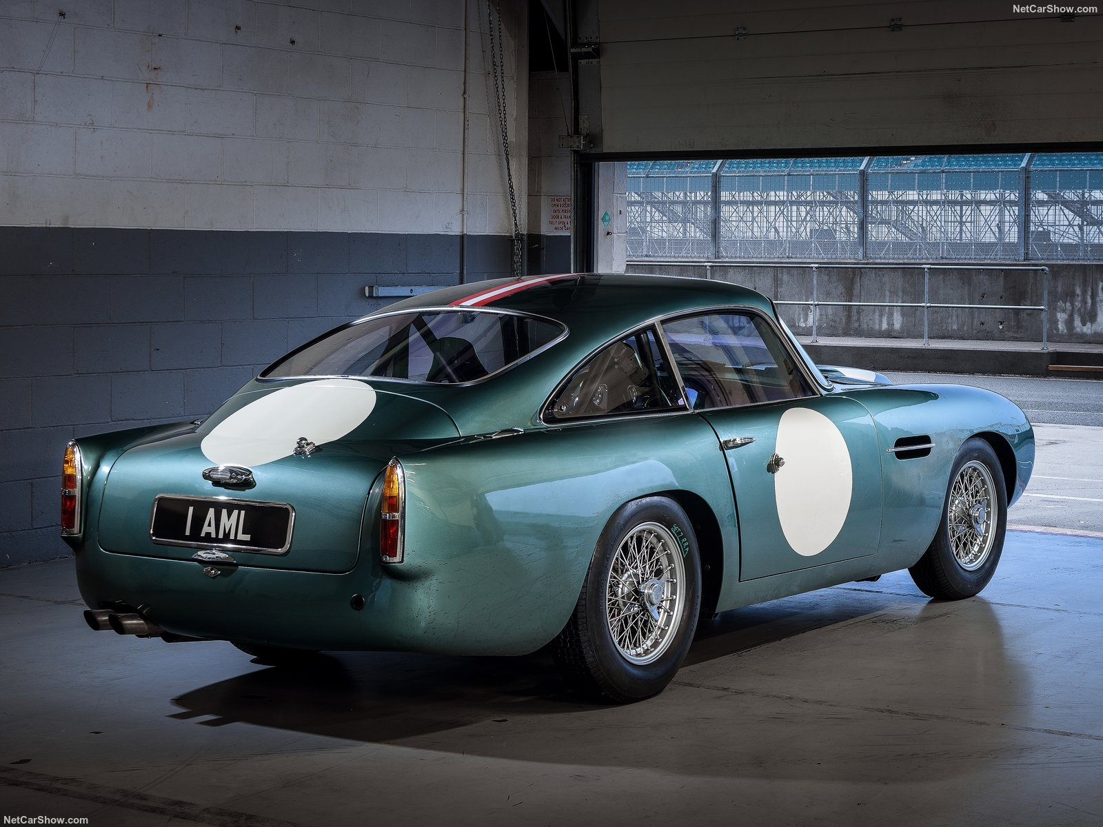 Aston Martin DB4 GT photo 192685