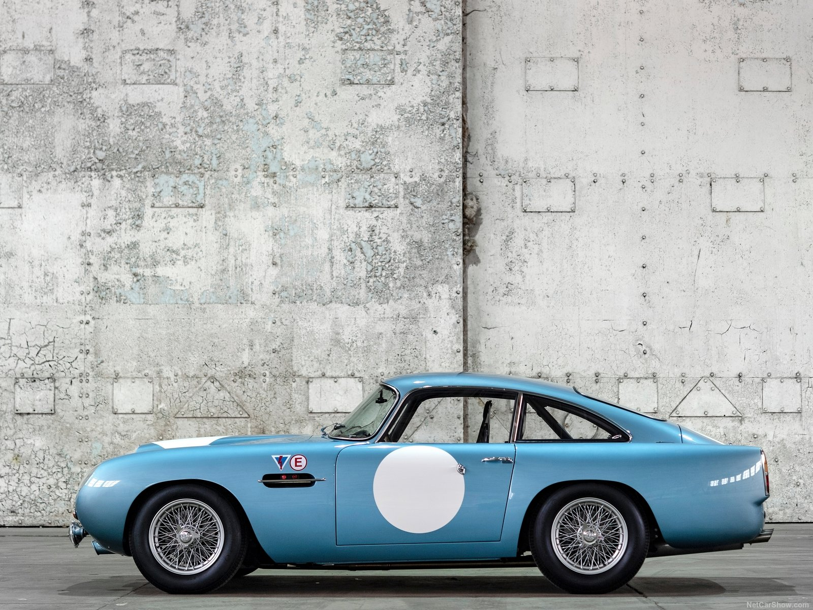 Aston Martin DB4 GT photo 192686