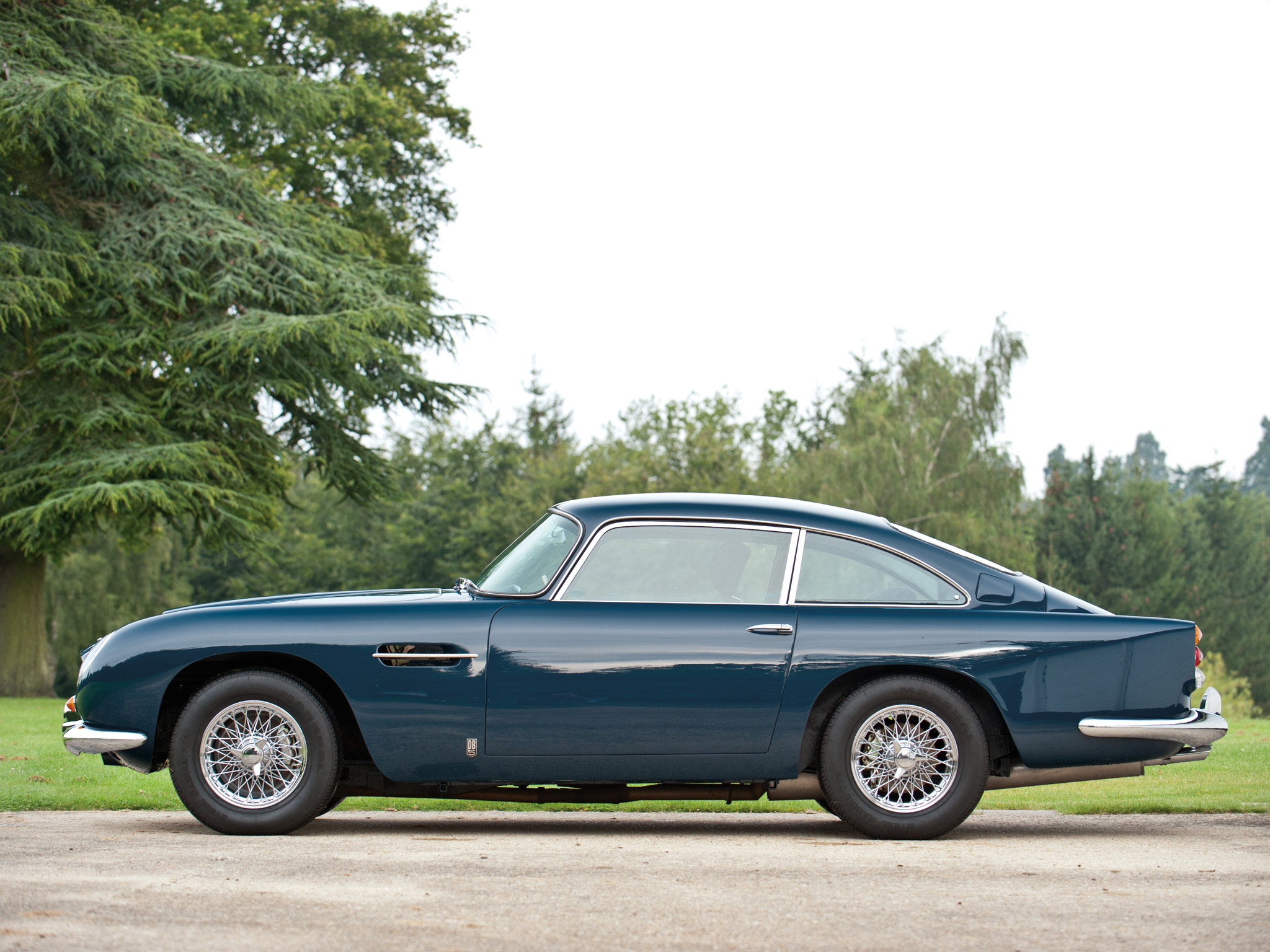 Aston Martin DB5 photo 95437