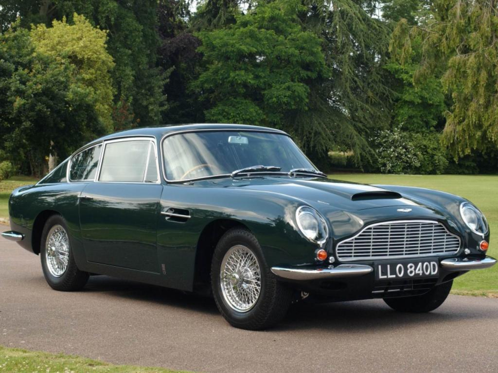 Aston Martin DB6 photo 13126