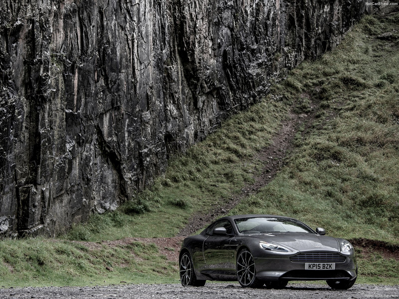 Aston Martin DB9 GT photo 148720