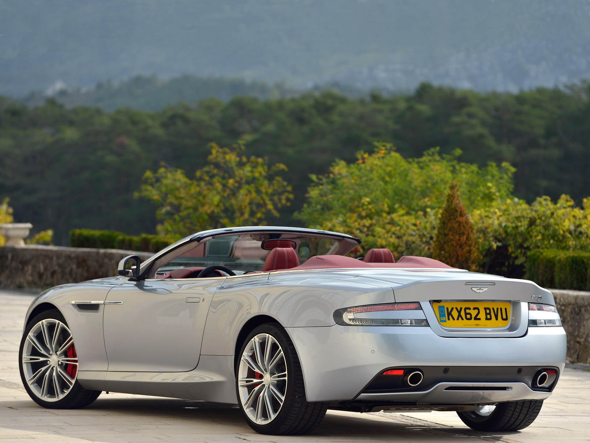 Aston Martin DB9 photo 97424